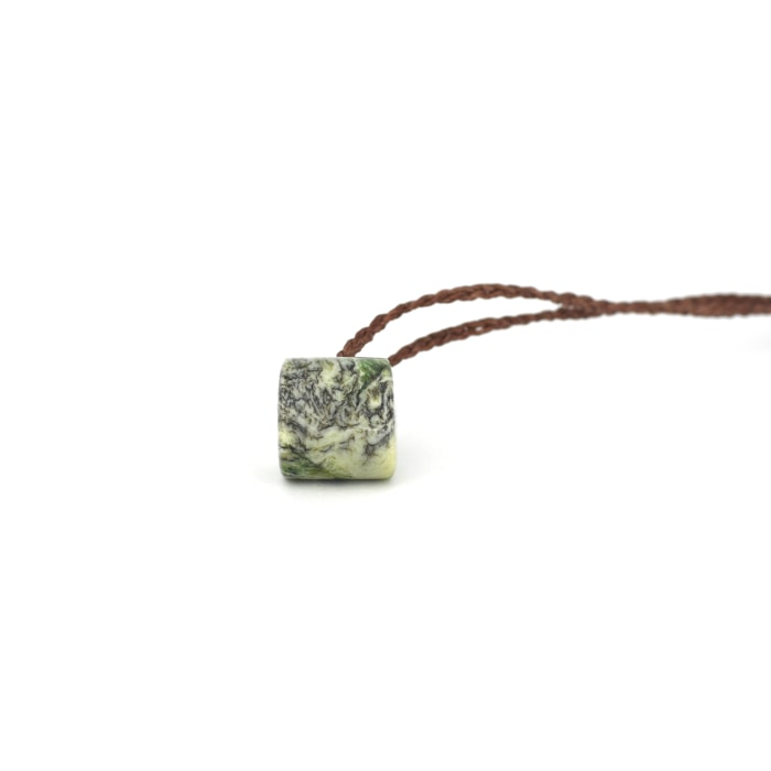 dendritic cream kokopu pounamu dot